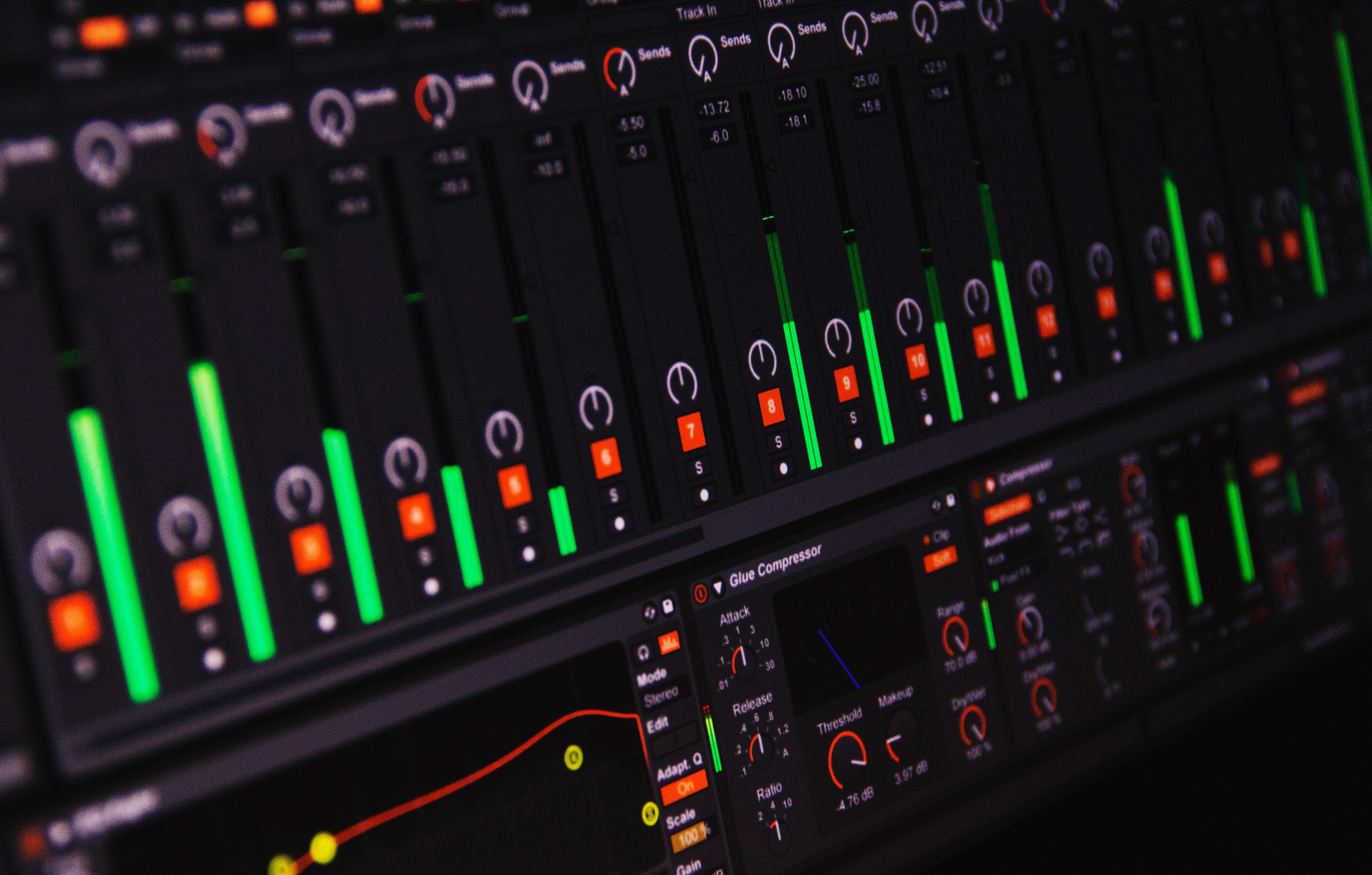 【2020年最新版】歌ってみたのMixをするDAWの選び方は?有名ソフト4つを徹底比較!